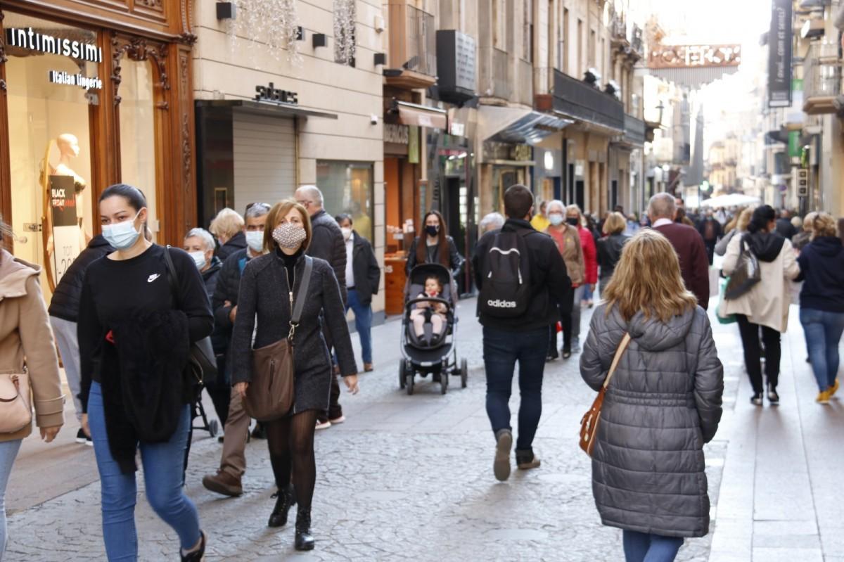 La gent comença a sortir al carrer amb més naturalitat