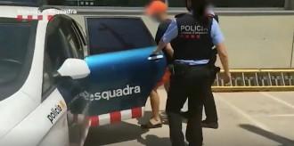 Tres detinguts per l'atac homòfob a dues parelles al Somorrostro de Barcelona