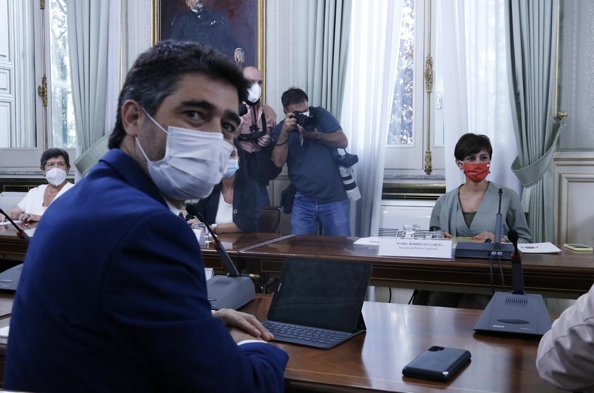 Puigneró i Rodríguez durant la trobada de la comissió bilateral