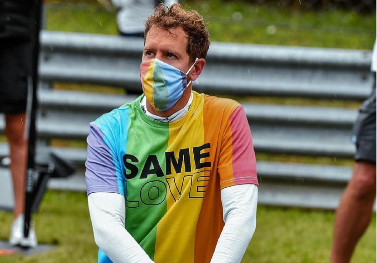 Sebastian Vettel amb la camiseta LGTBI.