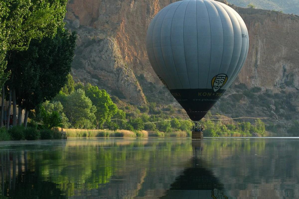 Vol sobre el riu Segre, als voltants de Camarasa