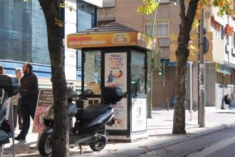 Detingut per estafar butlletes a vuit venedors de l'ONCE