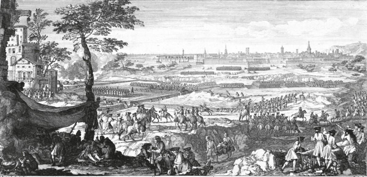 El setge de Barcelona: en primer pla, un hospital de campanya i un grup d'enginyers i geògrafs francesos. Els sapadors borbònics avancen les trinxeres, assetjats per les sortides dels defensors però amb el suport de la cavalleria borbònica. Al fons, el port, la ciutat i Montjuïc.