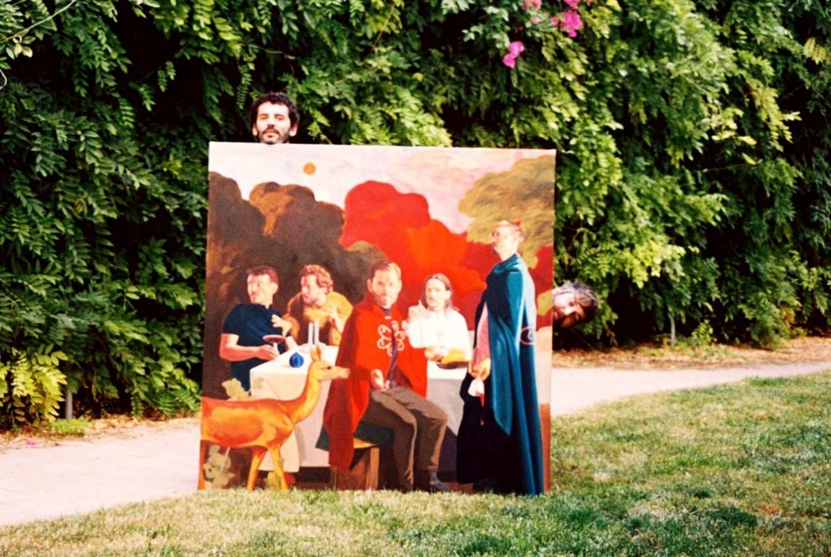 El Petit de Cal Eril amb el quadre de la portada del nou disc