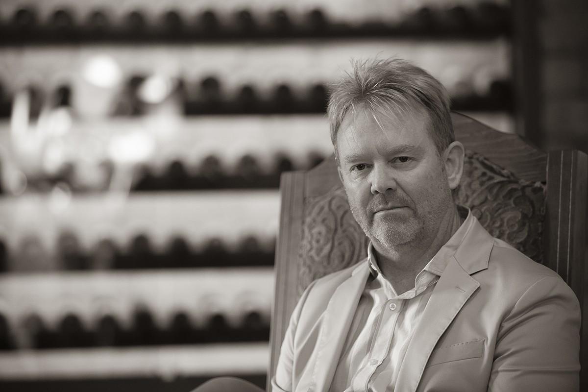 Brad Call, l'inversor americà que es va enamorar de la Finca Mas Clarella a Santa Maria de Besora