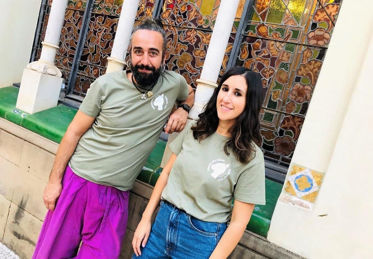 Juanjo León i l'Anna García, fundadors de l'Associació Vegana de Catalunya.