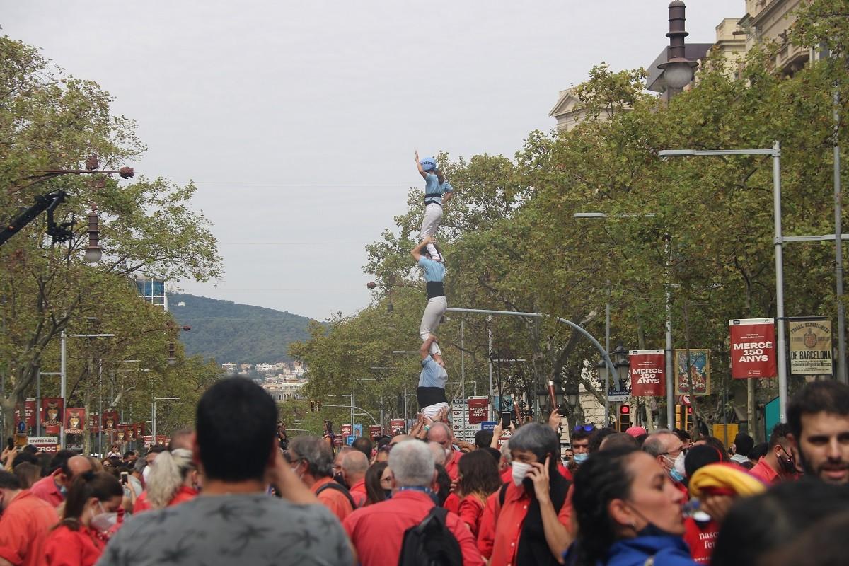 Trobada castellera de La Mercè al Passeig de Gràcia