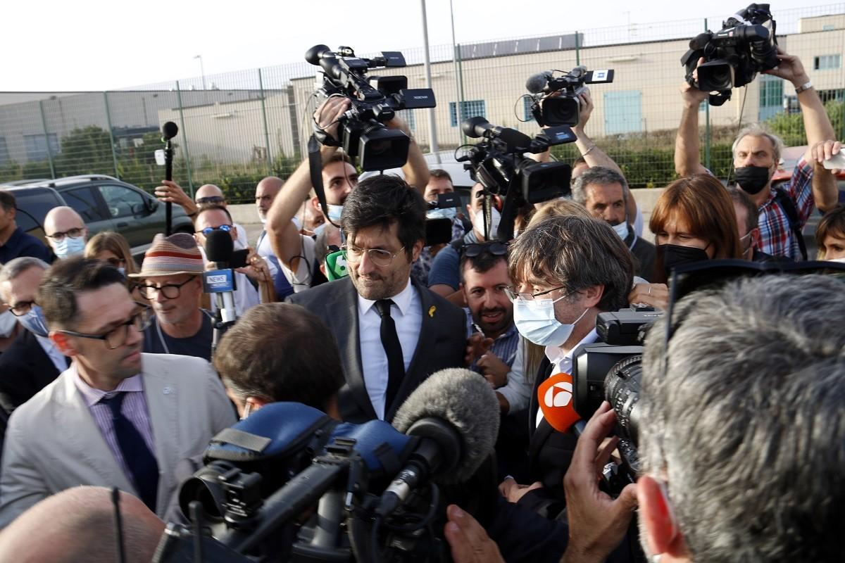 Carles Puigdemont, a la sortida de la presó de Sardenya