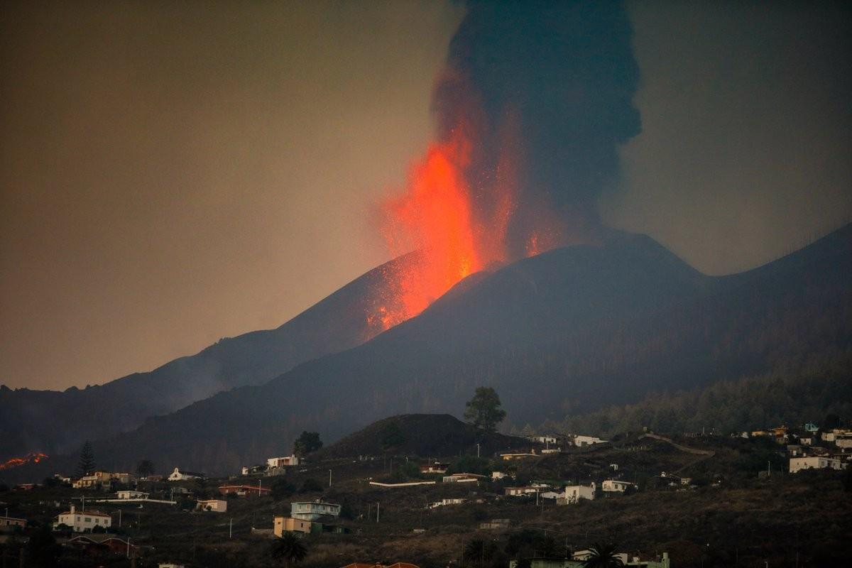 El volcà de La Palma muta a hawaià