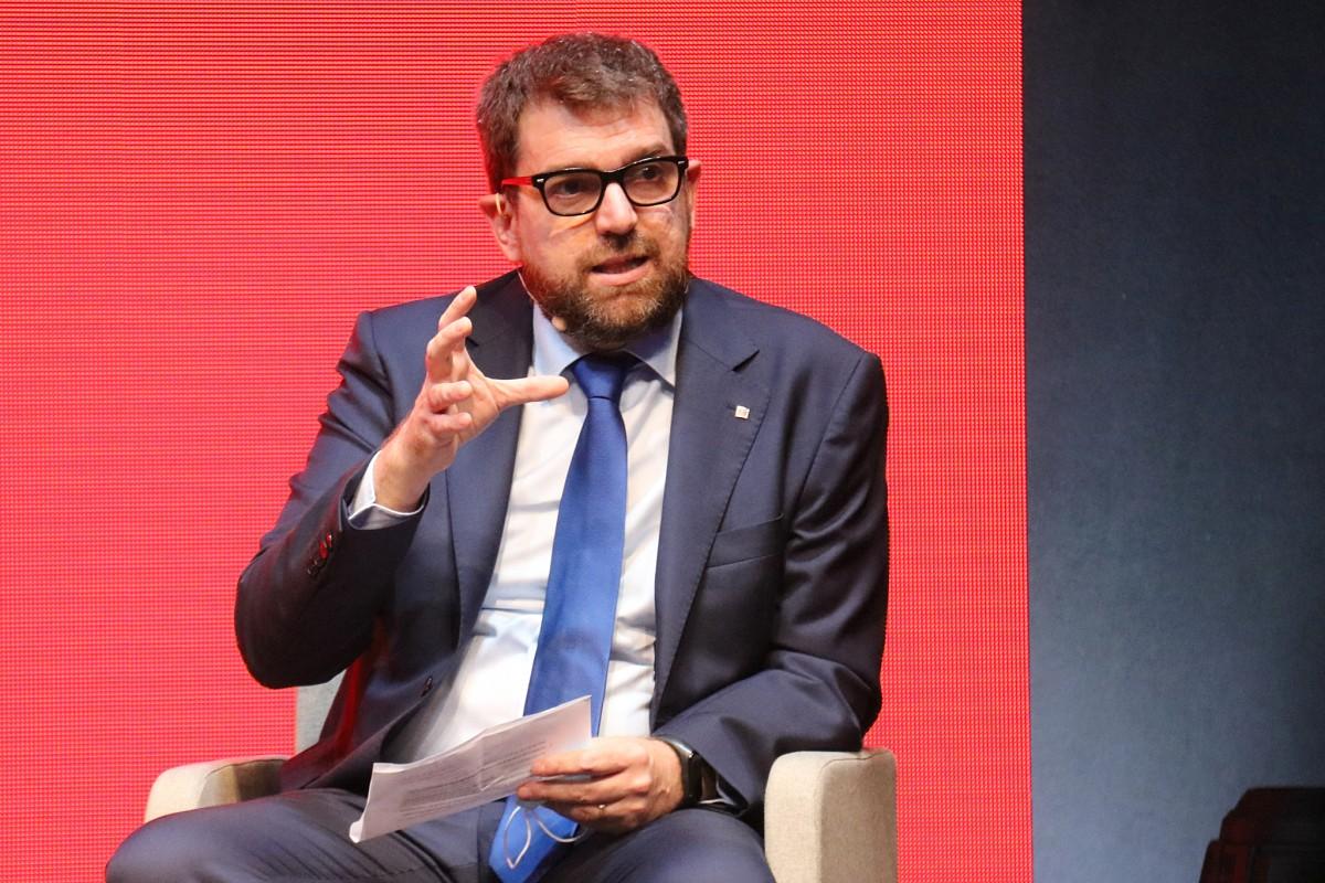 El secretari general de Mitjans de Comunicació de la Generalitat, Oriol Duran, en la sessió d'obertura del MAC.