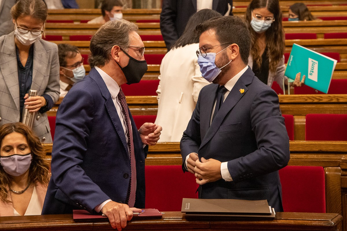 Pere Aragonès, Jaume Giró i Laura Vilagrà durant el debat de política general