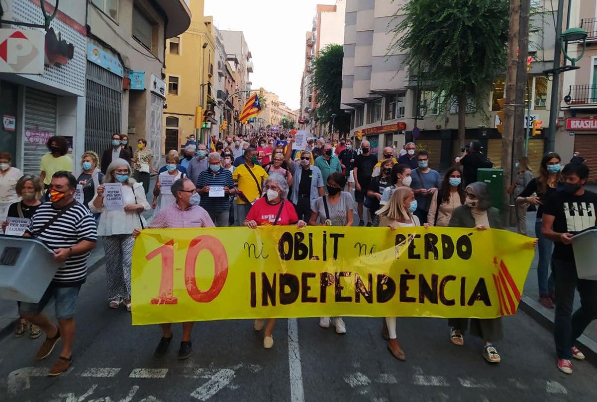 La marxa ha transcorregut per l'avinguda d'Estanislau Figueras fins a la plaça Imperial Tàrraco.