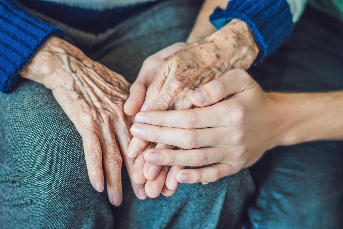 Amplien el programa d'atenció emocional, social i espiritual al final de la vida