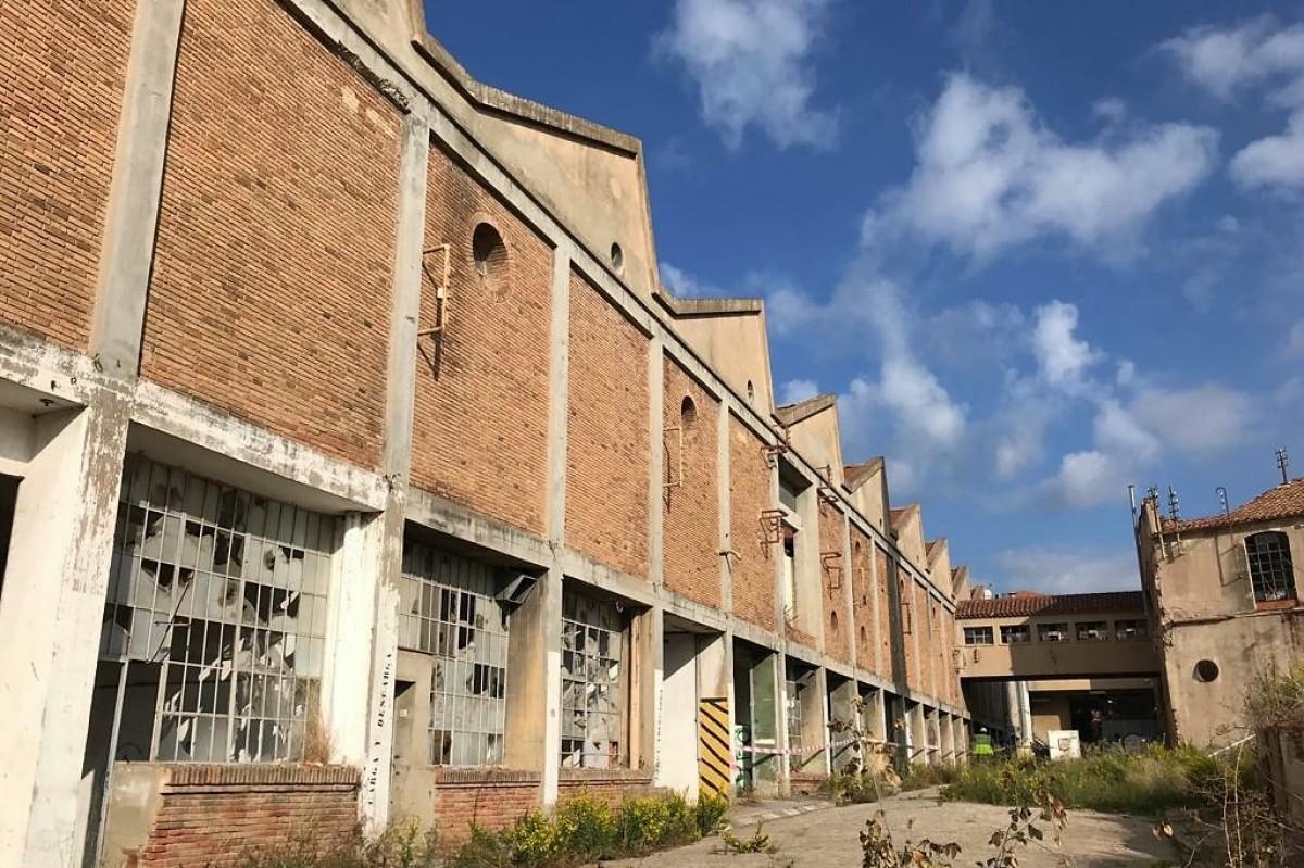 Antiga fàbrica Sala i Badrinas abans de l'enderroc.