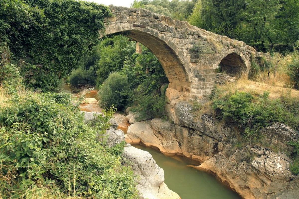 Pont romà sobre el Riu Aigua d'Ora