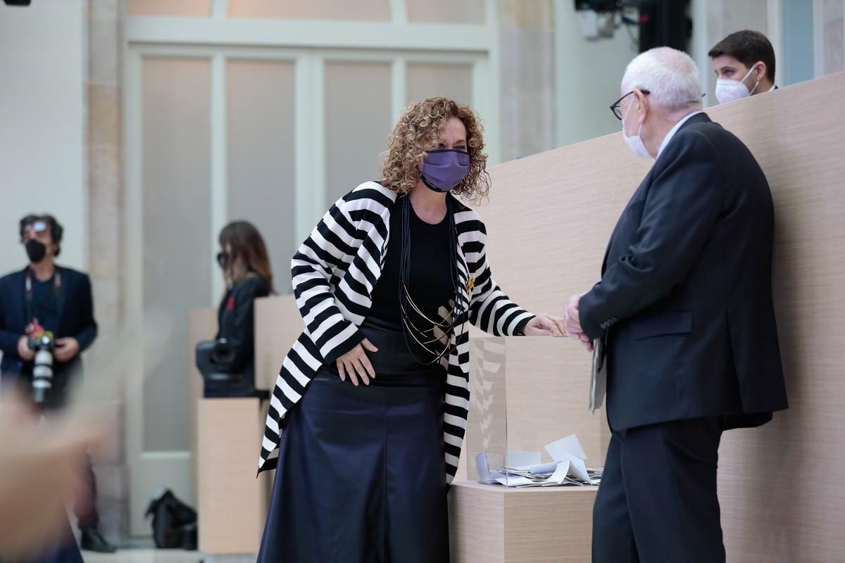 La delegada del Govern a Madrid, Ester Capella, amb Ernest Maragall