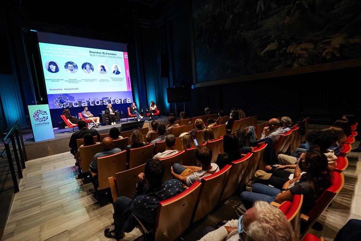 Una de les xerrades de l'edició de Catosfera del 2021