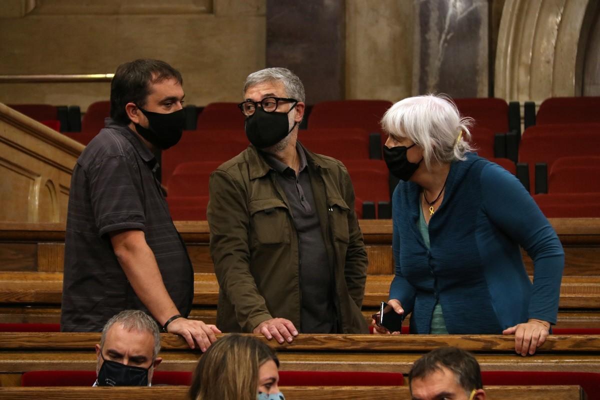 Dani Cornellà, Carles Riera i Dolors Sabater (CUP), aquest dimecres al Parlament
