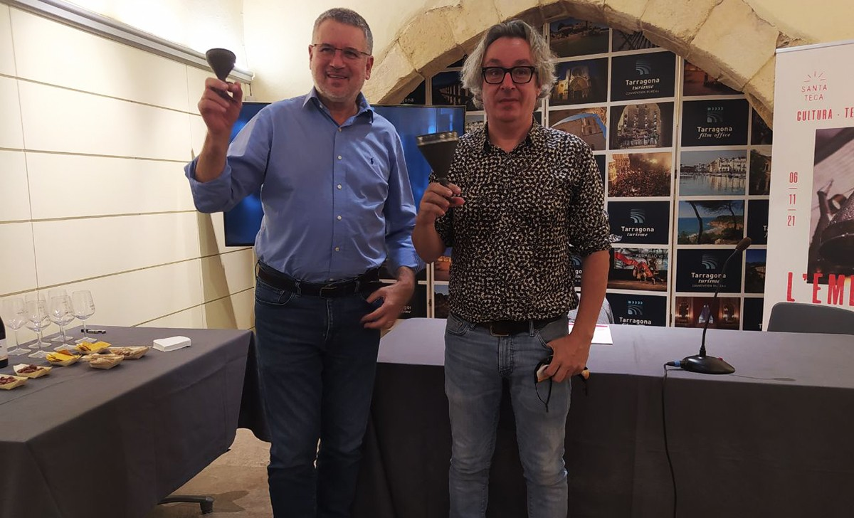 Pau Ricomà i Bernat Rios, durant la presentació de l'Embutada.