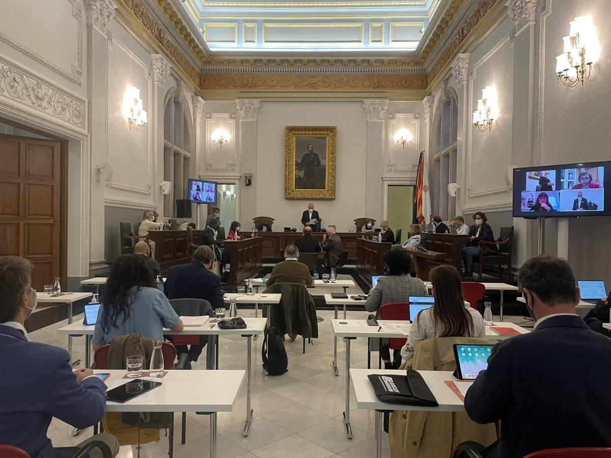 Una imatge del debat d'aquest divendres, al saló de plens