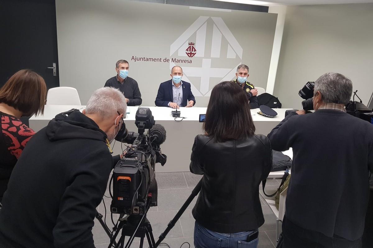 Joan Calmet, Marc Aloy i Jordi Mora durant la roda de premsa