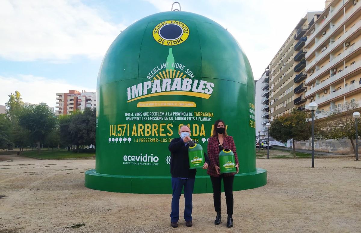 El contenidor mesura 8 metres d'alçada i s'ubicarà al parc de la ciutat fins al 2 de novembre.