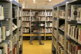Les biblioteques públiques tenen només un de cada quatre llibres en català
