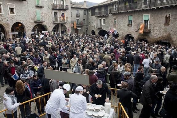 Santa Pau celebra la Fira del Fesol