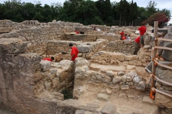 Darreres excavacions a la ciutat grega dEmpúries. Foto: Xavier Pi / ACN