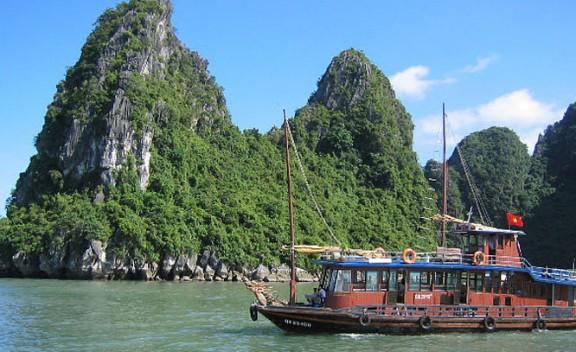 Zona de Halong Bay, a Vietnam.