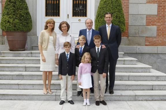 El rei emèrit Joan Carles amb la família dels Ducs de Palma