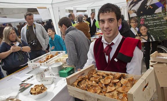 La Festa del Bolet de Seva arriba embolcallada d'una eufòria continguda