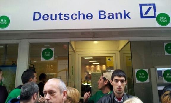 La Pah Ocupa L Oficina Del Deutsch Bank De Terrassa La Torre Del