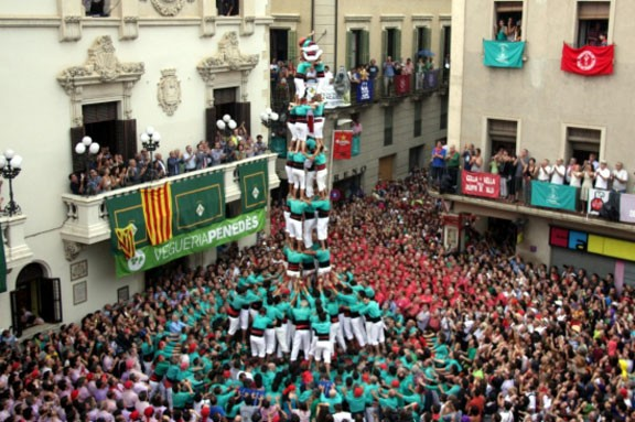 Avui, jornada castellera de Sant Fèlix a Vilafranca del Penedès