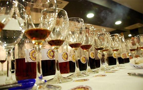 Xavi Amat: «La ratafia està molt arrelada, ni el whisky hi pot competir»