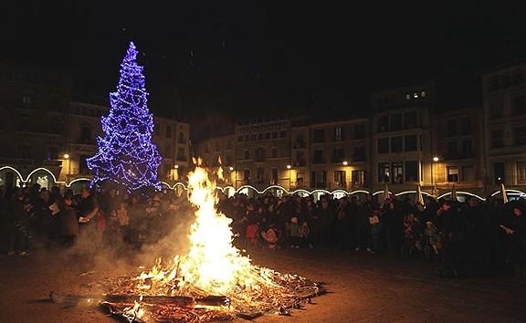Una foguera de Nadal per espantar els mals esperits