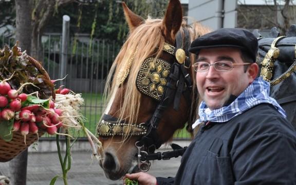 Cavalls amb paraigües a Terrassa