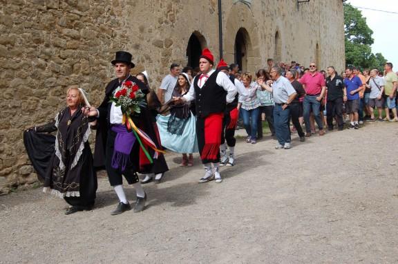 Dansa de Falgars de la Pobla de Lillet (arxiu).