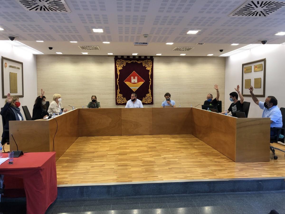 L'oposició de l'EMD de Valldoreix obliga a rebaixar la dedicació i el sou de Puig amb una moció d'urgència